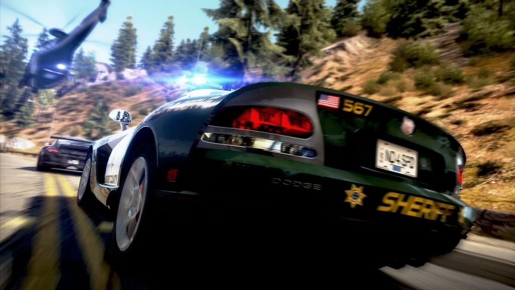 Need for Speed Hot Pursuit: Quasi ein Kauftipp! Ärgerlich ist höchstens, dass ihr für Autolog und Multiplayer einen Access-Code benötigt. Der liegt nur neuen Spielen bei, sonst muss dieser online erworben werden.