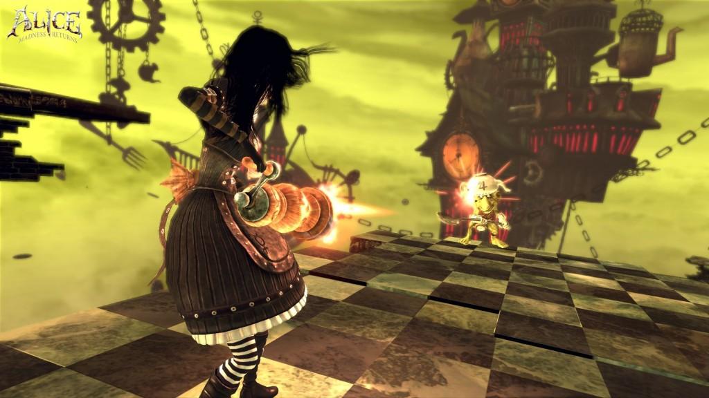 Alice geht mit einer Pfeffermühle vor.