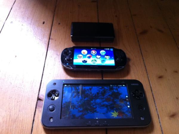 Größenvergleich: 3DS, Vita, JXD
